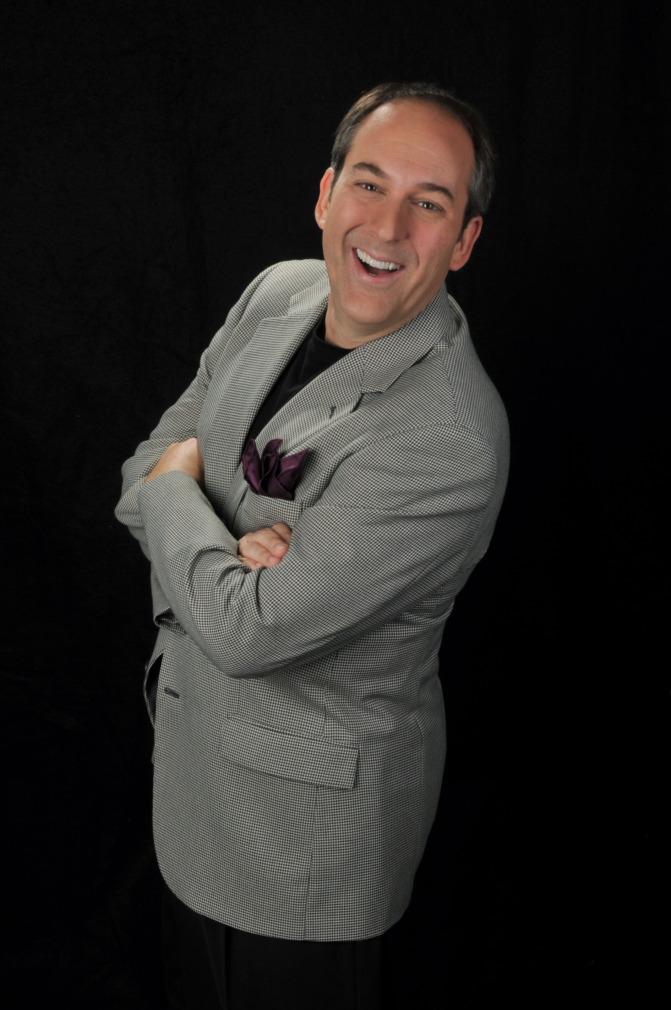 Giovanni Livera, Entertainment Speaker