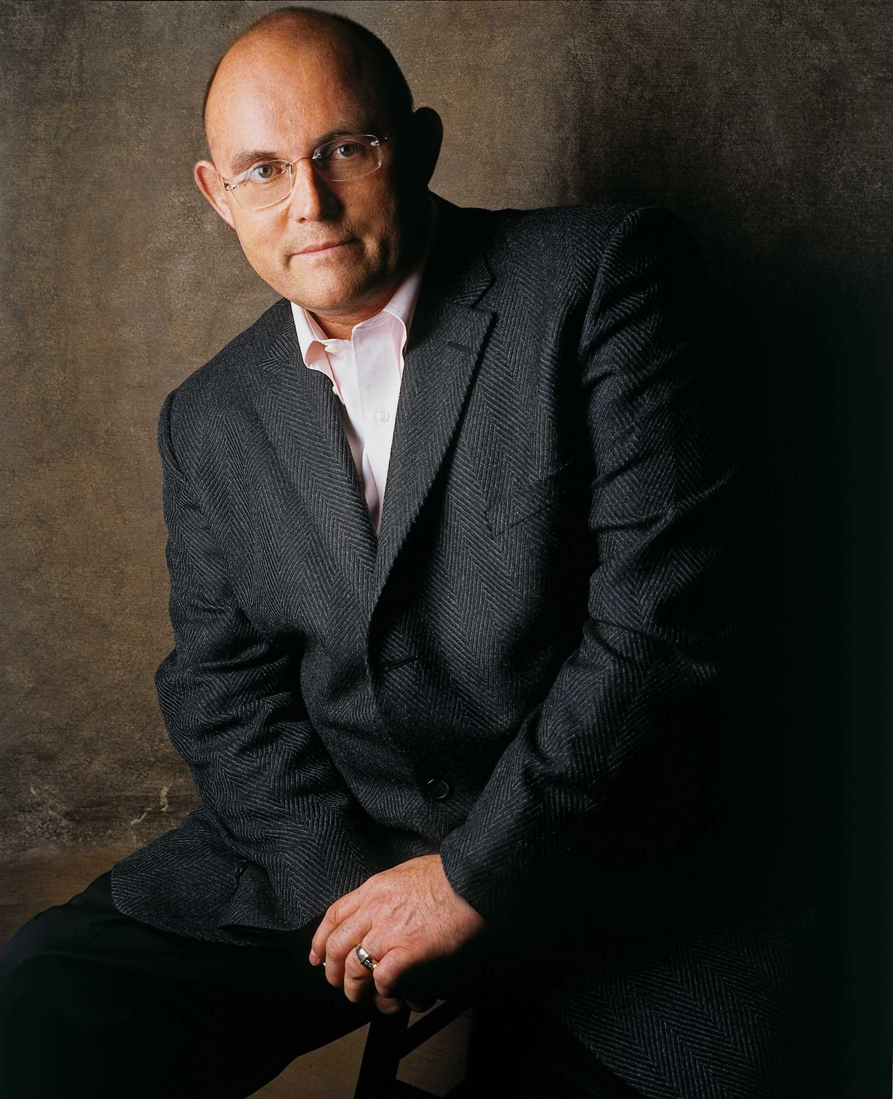 Irish Tenor Ronan Tynan performs at Turnage Theater in Washington